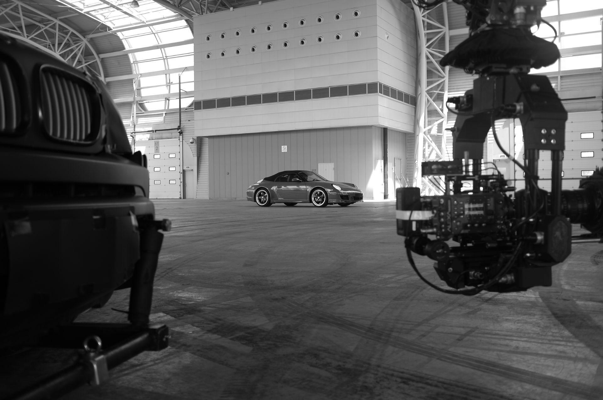 Alquiler de vehículos con cámara y vehículos de seguimiento